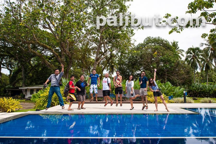 Bloggers in Banana Beach