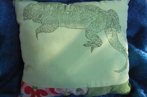 iguana pillow