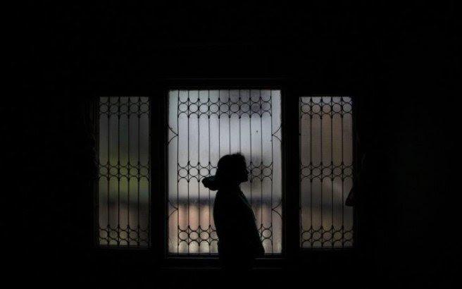 Άνδρας κρατούσε αιχμάλωτη 12χρονη και την κακοποιούσε