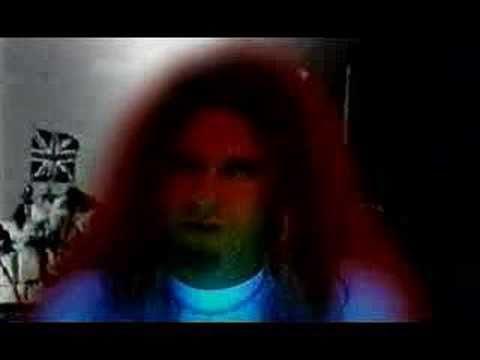 El baterísta de IN FLAMES, Daniel Svensson abandona la banda.