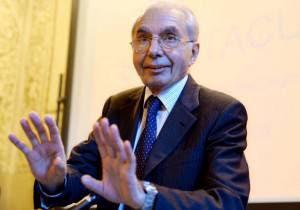 giuliano amato2 300x210 Il caso della successione al Quirinale: Amato contro Prodi