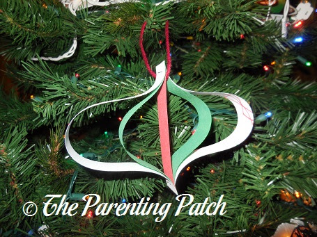 Paper Christmas Ornament Craft | Parenting Patch