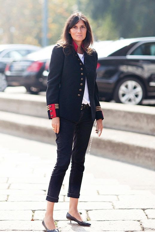 Le Fashion Blog 11 Ways To Wear Kitten Heels Emmanuelle Alt Street Style Military Jacket Cropped Black Jeans Via Stockholm Streetstyle photo Le-Fashion-Blog-11-Ways-To-Wear-Kitten-Heels-Emmanuelle-Alt-Street-Style-Military-Jacket-Via-Stockholm-Streetstyle-4.jpg