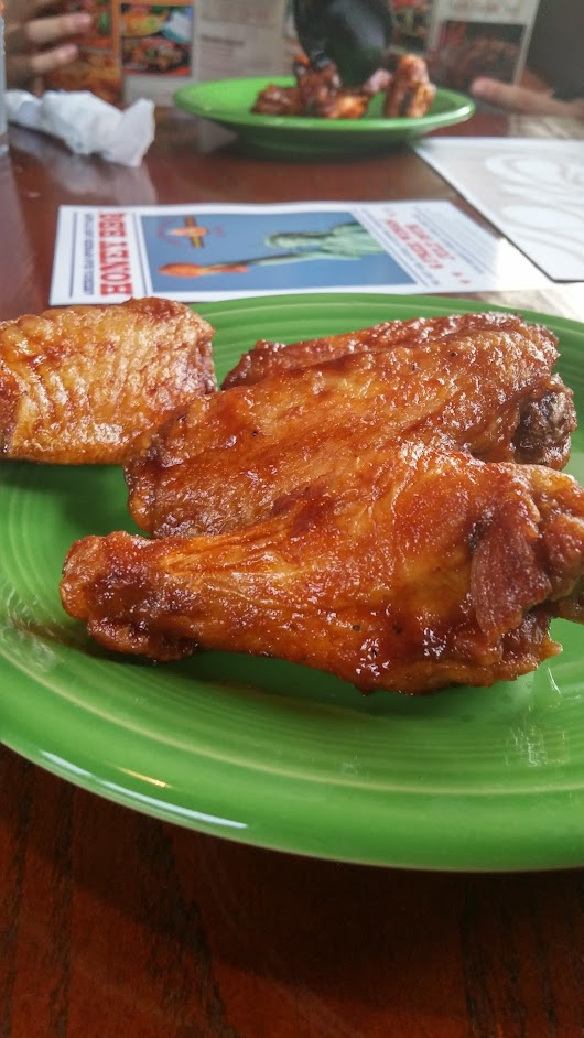East Coast Wings and Grill plus $25 Gift Card GiveAway!