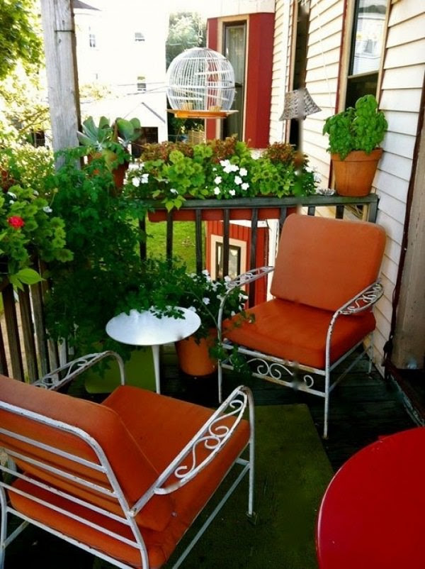 small balcony 11 15 Smart Balcony Garden Ideas That are Awesome