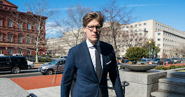 Mueller charges lawyer Alex van der Zwaan, oligarch's son-in-law - NBC News
