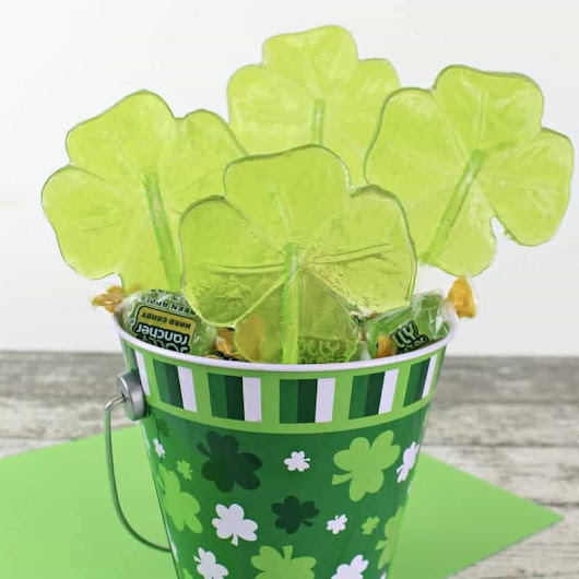 Easy Shamrock Lollipops for St. Patrick's Day