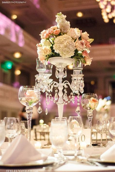 Elegant Wedding Table with White and Pink Flowers and