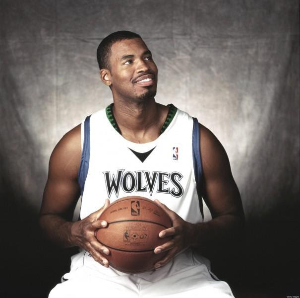 o JASON COLLINS facebook 605x600 Άνδρες ωραίοι και διάσημοι που έσπασαν τα ταμπού και δήλωσαν πως είναι γκέι