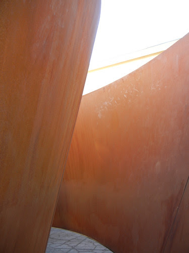Steel Sculpture by Richard Serra, Cantor Arts Center, Stanford University _ 8344