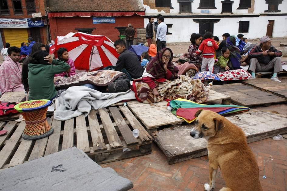 Sigue creciendo la cifra de muertos en Nepal