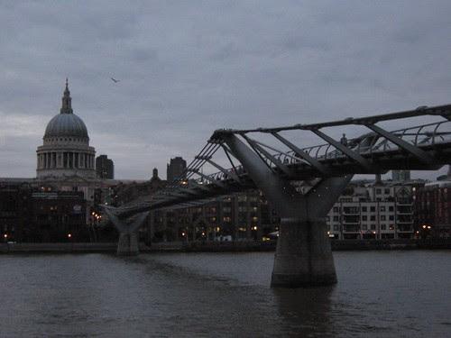 14-Milennium Bridge