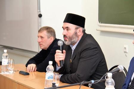 В Тюмени прошли встречи с Искандаром хазратом Юсуповым