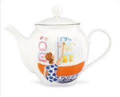 illustrated top shelf teapot