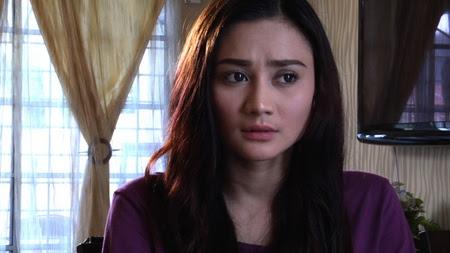 Wawa Zainal sebagai Sofia