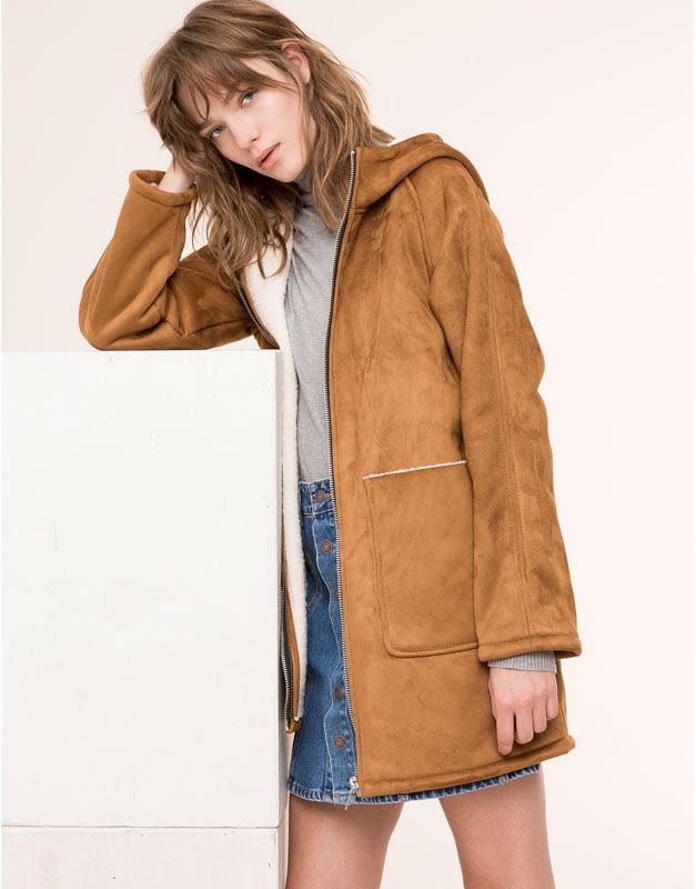 Pull&Bear - mujer - abrigos y parkas - abrigo forro borreguillo con capucha y bolsillos - caramelo - 09752308-I2015