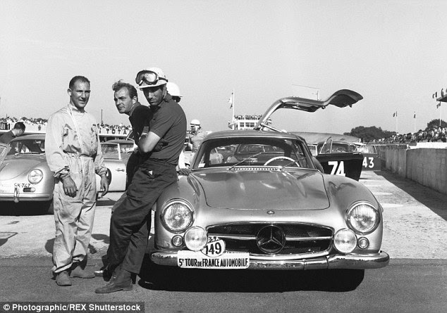 Mercedes Gullwing raced by Stirling Moss to fetch $7miat ...