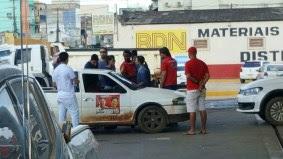 PF flagra carros em campanha eleitoral abastecendo com requisição da prefeitura, posto de gasolina1