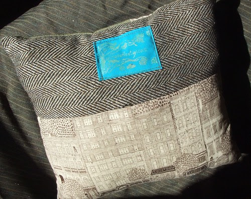 label on tweed