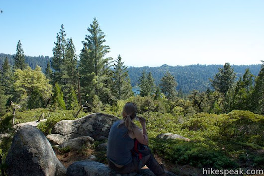 Dead Giant Loop Trail to Sequoia Lake Overlook in Kings Canyon National Park