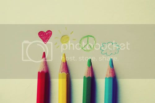 photo blue-colors-green-red-yellow-Favimcom-79891_zpse7c7307c.jpg