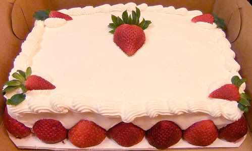 Strawberries and #Cream #Cake
