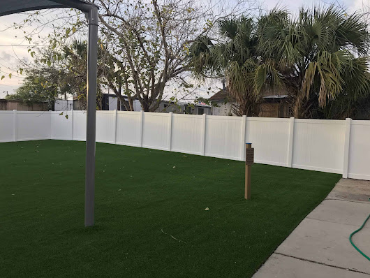 Vinyl Fence: The Mono-extrusion vs. Co-extrusion debate - Superior Fence and Rail