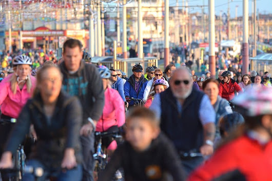 Ride the Lights - the Traffic Free Preview of Blackpool Illuminations
