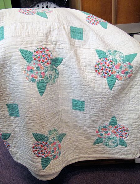 Incredible vintage quilt
