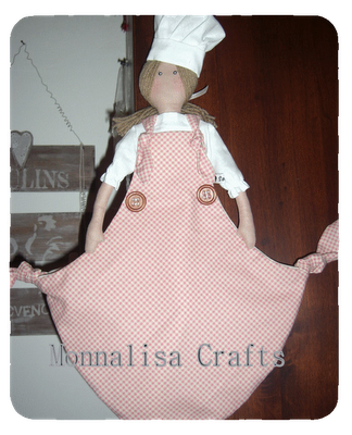 Bambola portasacchetti ...diversa??