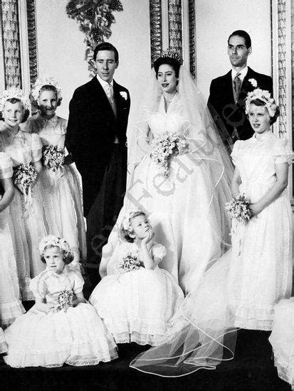 Bongodaily: Most Beautiful Sleeved Wedding Dresses in History