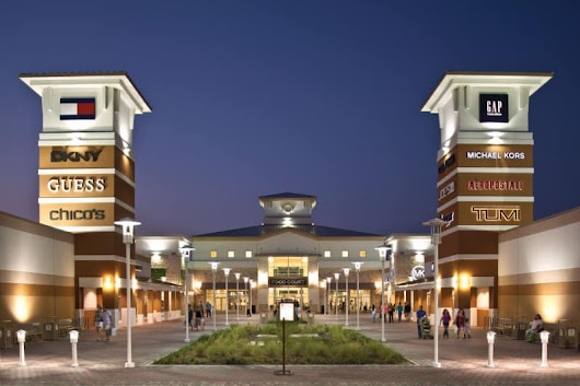 Snag Great Deals at Grand Prairie Premium Outlets | Dallas Socials