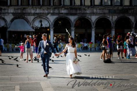 Getting married at Palazzo Cavalli, with a civil wedding