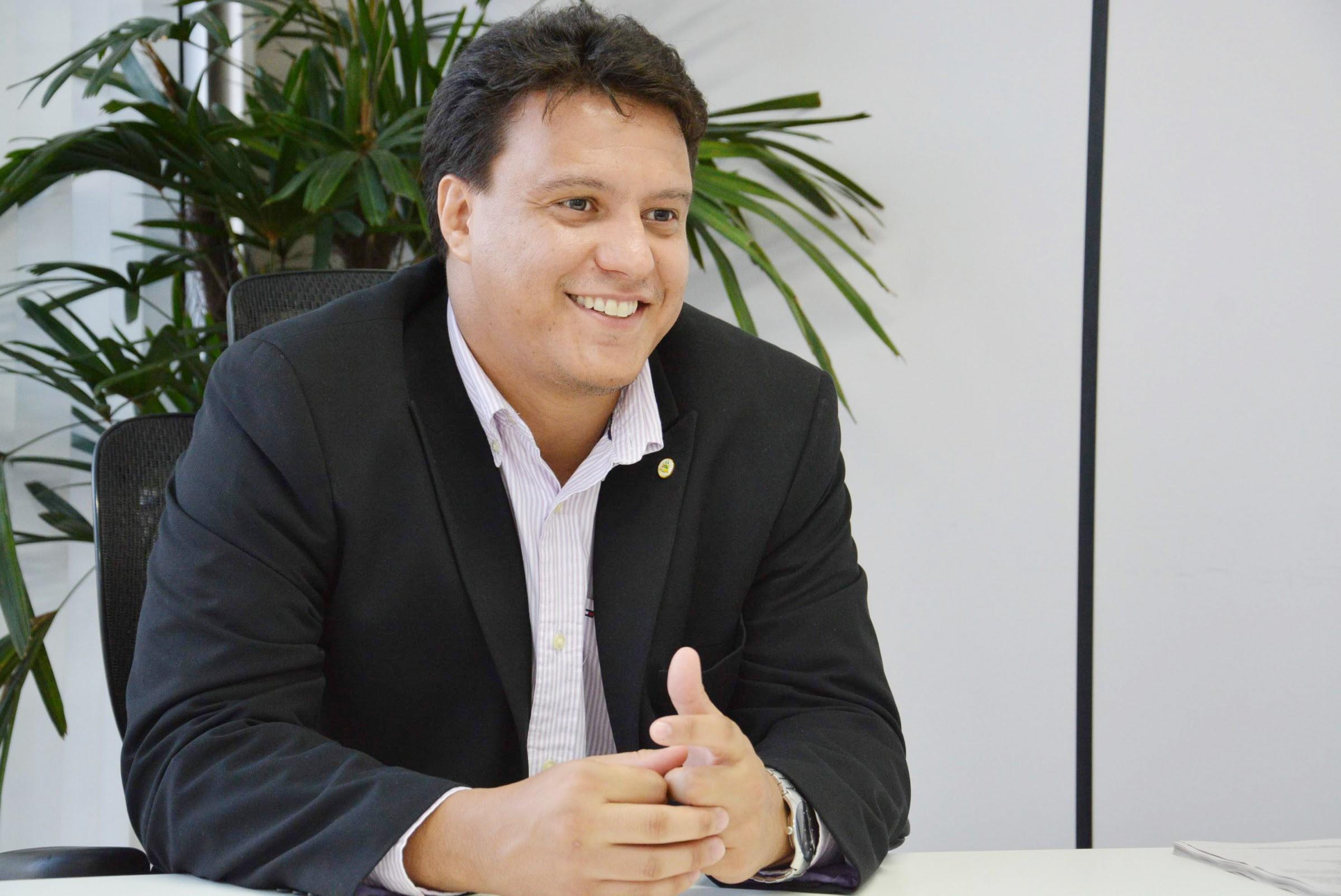"""Farei aquilo que o governador e grupo político determinarem"""", afirma Felipe Camarão sobre sucessão em São Luís - Blog do Gláucio EriceiraBlog do Gláucio Ericeira"""