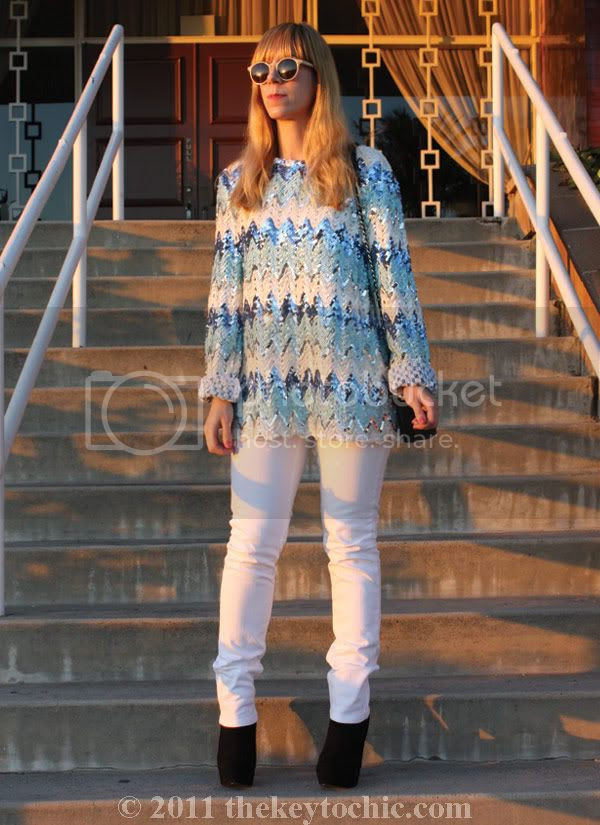vintage sequin top, white skinny jeans, southern California fashion blogger
