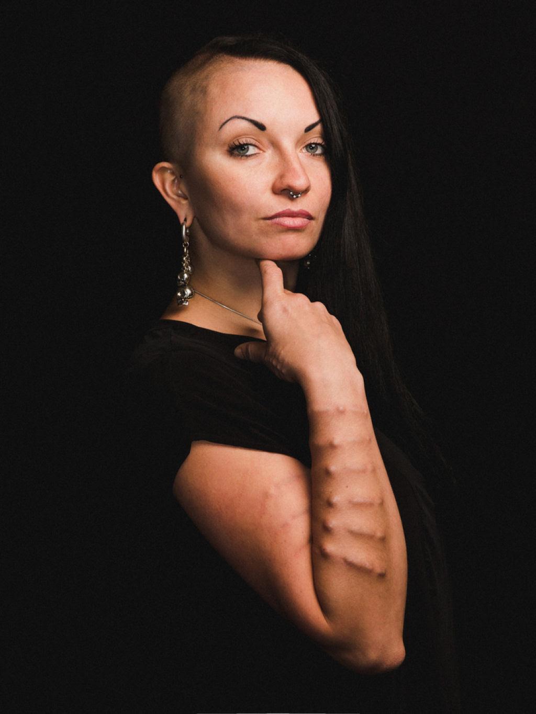 16 mulheres mostram a beleza através da modificação corporal 16