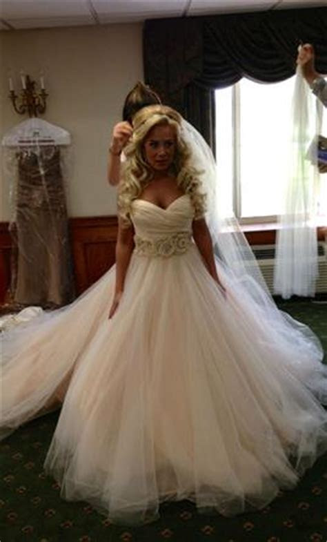 Lazaro 1187, $1,500 Size: 6   Used Wedding Dresses