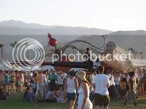 livin' it up at Coachella 2004: photo by Mike Ligon