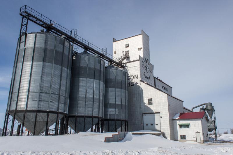 Paterson grain elevator in Morris Manitoba