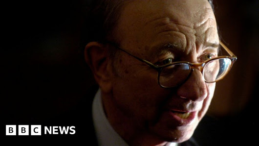 Neil Simon: Celebrated US playwright dies aged 91 - BBC News