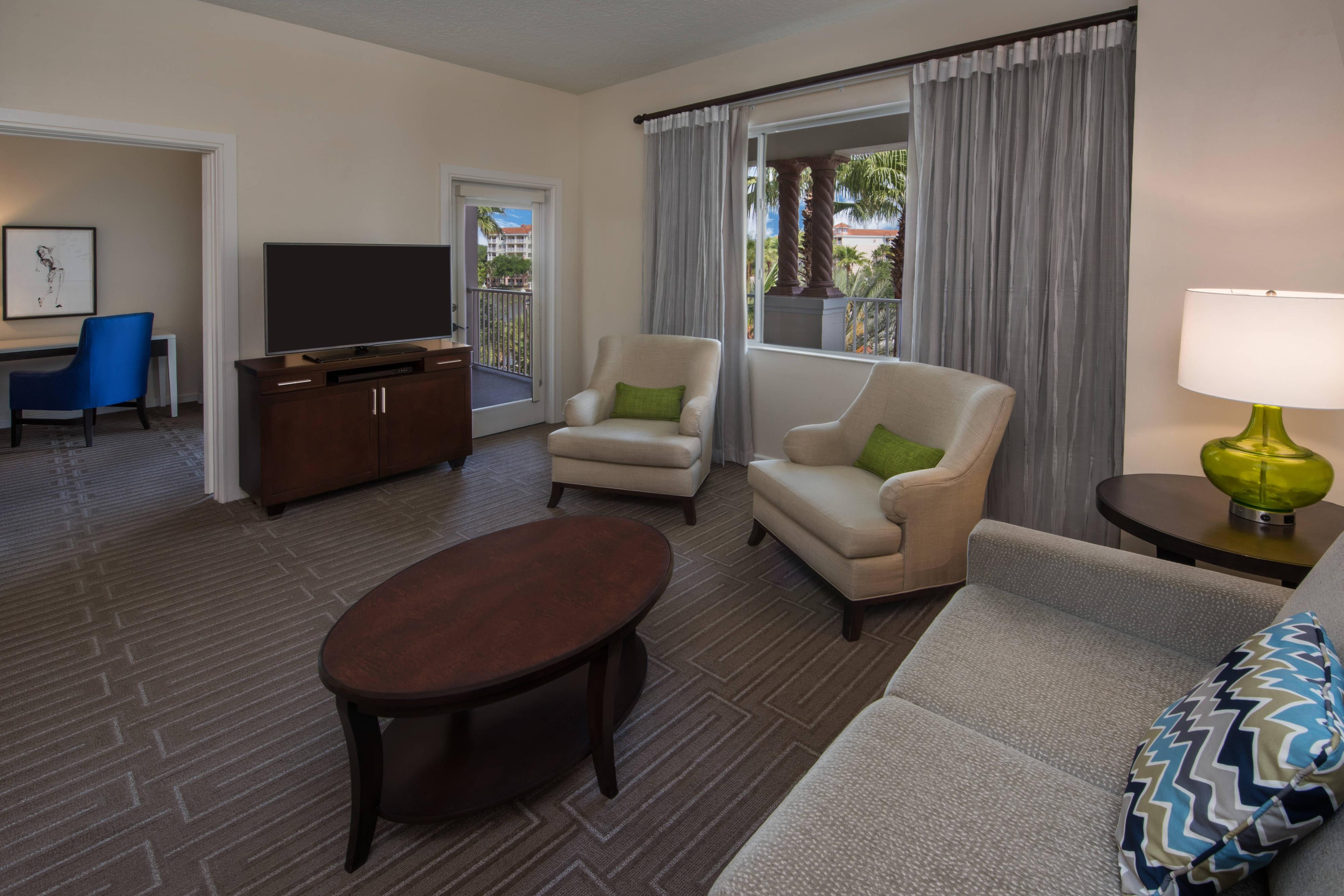 2 And 3 Bedroom Villas In Orlando FL Marriotts Grande Vista