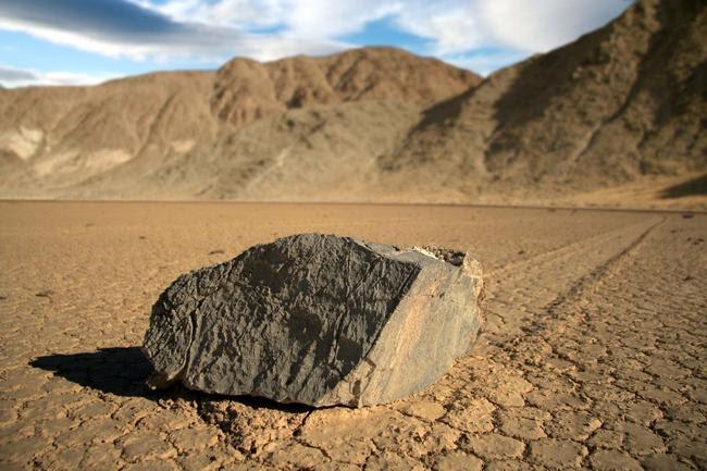 El misterio de las rocas del Valle de la Muerte