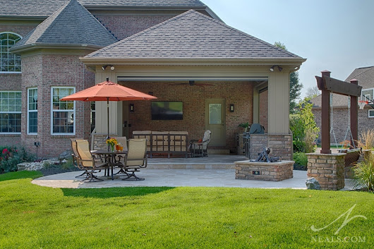 Project Spotlight: Outdoor Living Room Addition