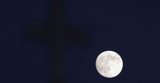 How to Get the Best View of Sunday's Supermoon