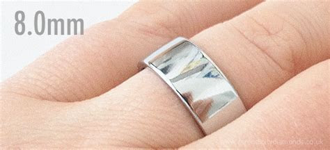How Much Does The Average Men S Wedding Ring Weigh   Wedding