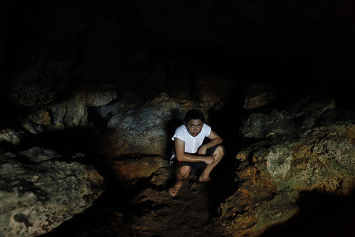 Hundred Islands: In the cave