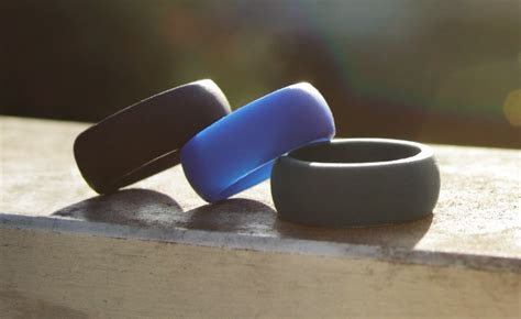 QALO Wedding Ring for Working Out   teamRIPPED
