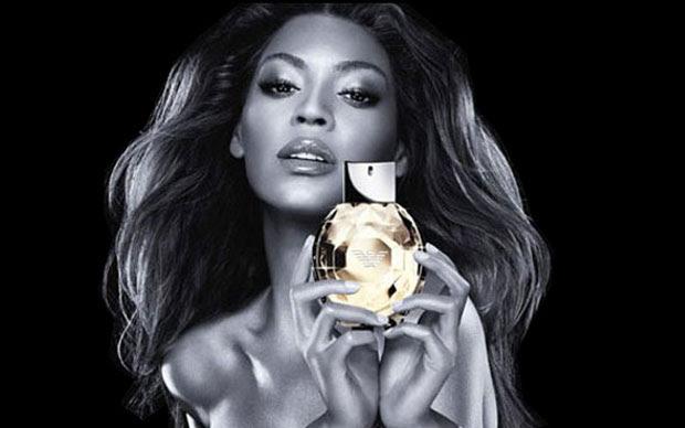 Photoshop fail de Beyonce (Foto: Reprodução)