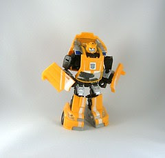 Transformers Bumblebee - modo robot (Classic)