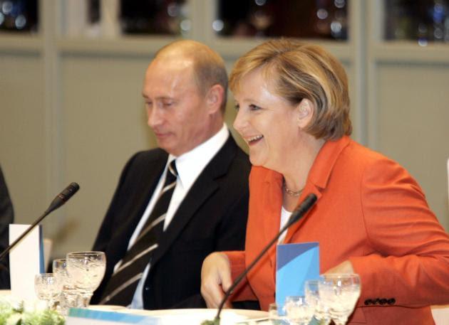 Μέρκελ - Πούτιν: Τι παιχνίδι παίζουν με την Κύπρο - Τι υποστηρίζουν οι Αμερικανοί
